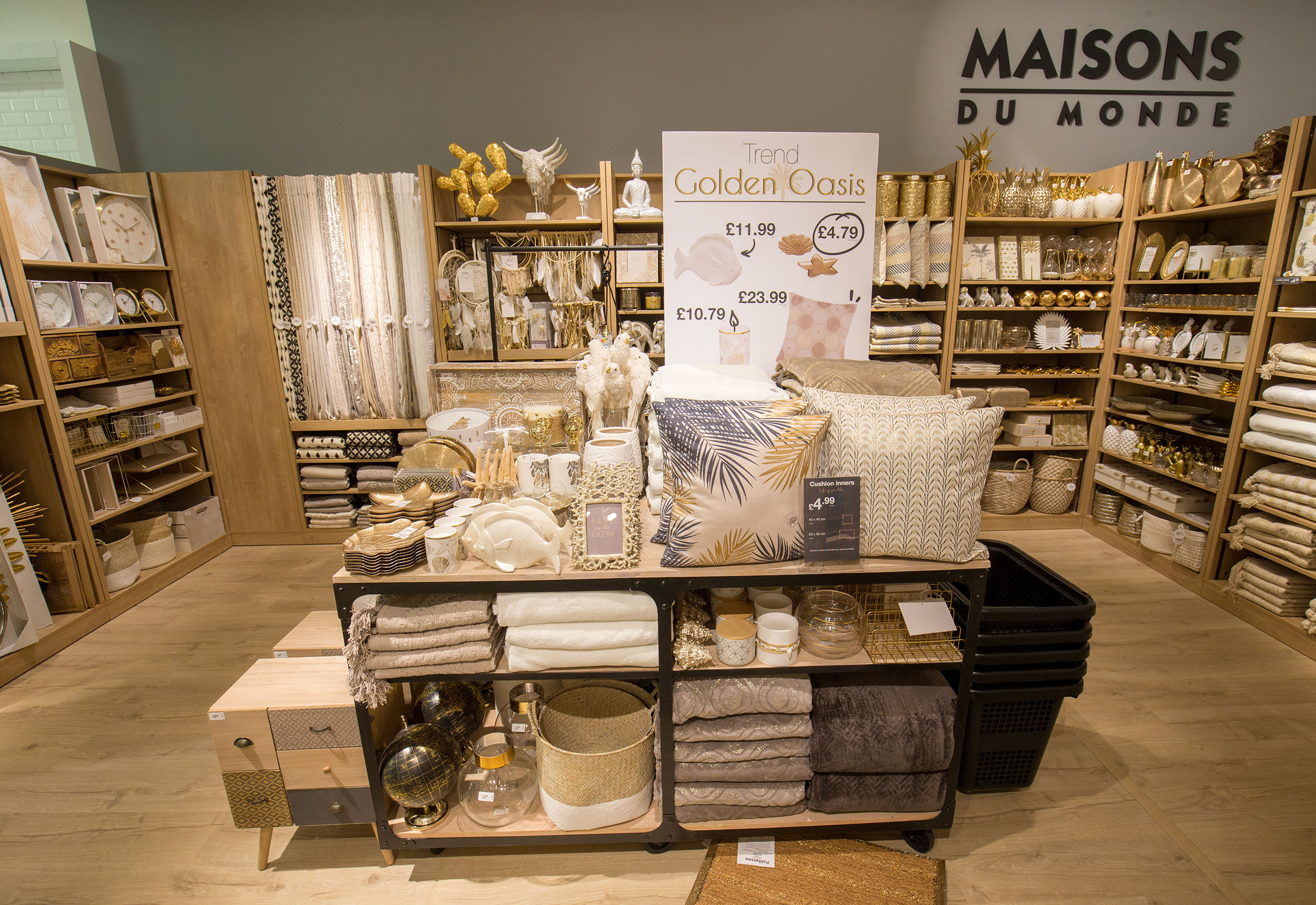 Maisons du monde opened 3 concessions in london westfield for Maison du monde 83